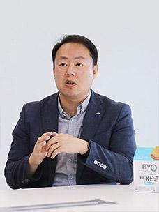 CJ제일제당 유용미생물센터장 김봉준 박사의 모습입니다.