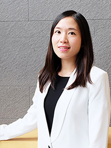 CJ올리브네트웍스 올리브영 유통부문 진혜영 MD의 모습입니다