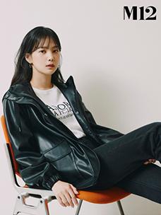 CJ ENM 오쇼핑부문의 신규 브랜드 'M12'의 레더라이크 팬츠 제품